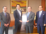 茨城県知事へ要望書提出(平成29年3月28日)