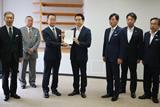 首都圏新都市鉄道(株)へ要望書提出(平成30年6月28日)